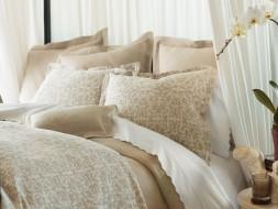 Bedding & Linen: